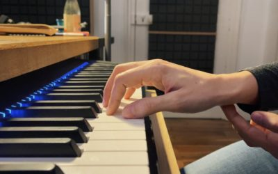 Défi Apprendre le Piano, tuto 3 Position au piano – assise et position de la main